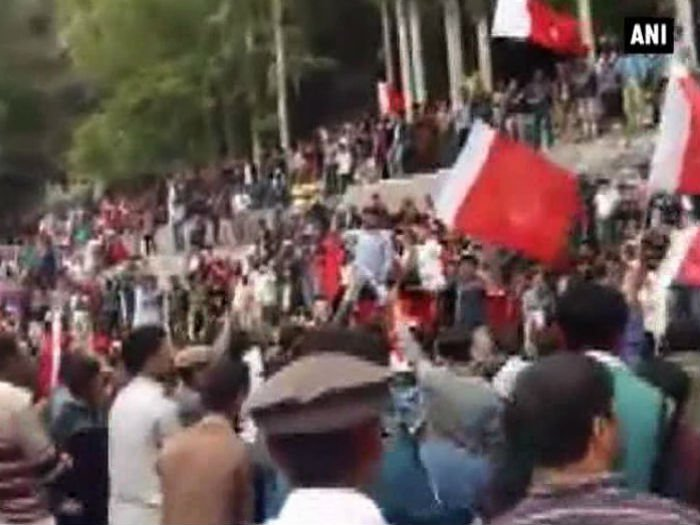 pakistan crackdown against protest in gilgit